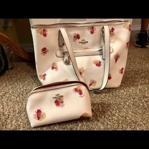 Coach Handbag with mini make up bag set